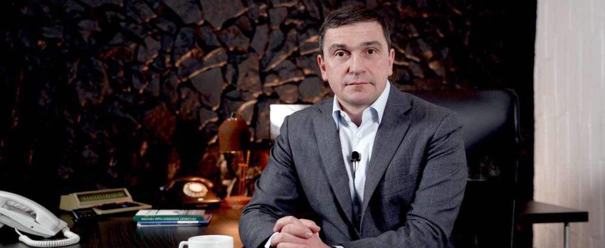 Костянтин Бондарєв: Як Зеленський і Шмигаль покривають корупцію та кому вигідні пожежі у Чорнобилі?