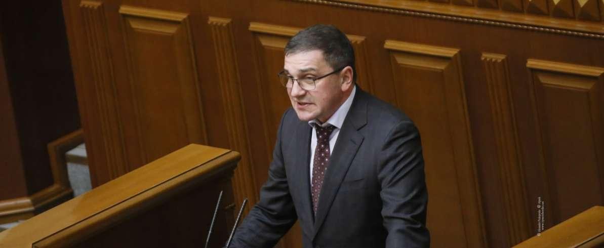 Костянтин Бондарєв: Ми маємо не тільки переглянути систему пенсійного забезпечення, але й обмежити премії чиновникам